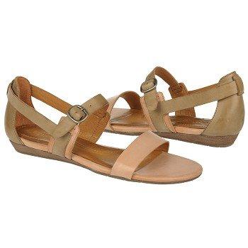 shoes_iaec0209826.jpg