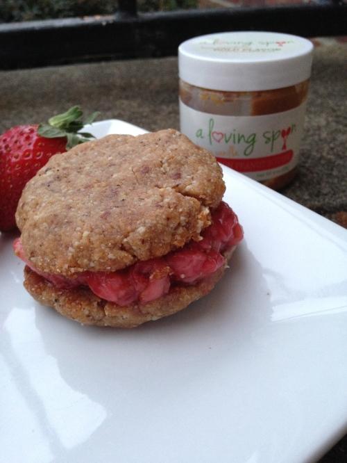 A loving Spoon Cookie Sandwich