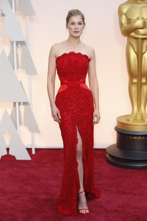 Oscars Best Dressed 2015 - Rosamund Pike
