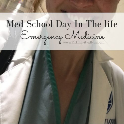 Med School Day In The Life: Emergency Medicine - Fitting It